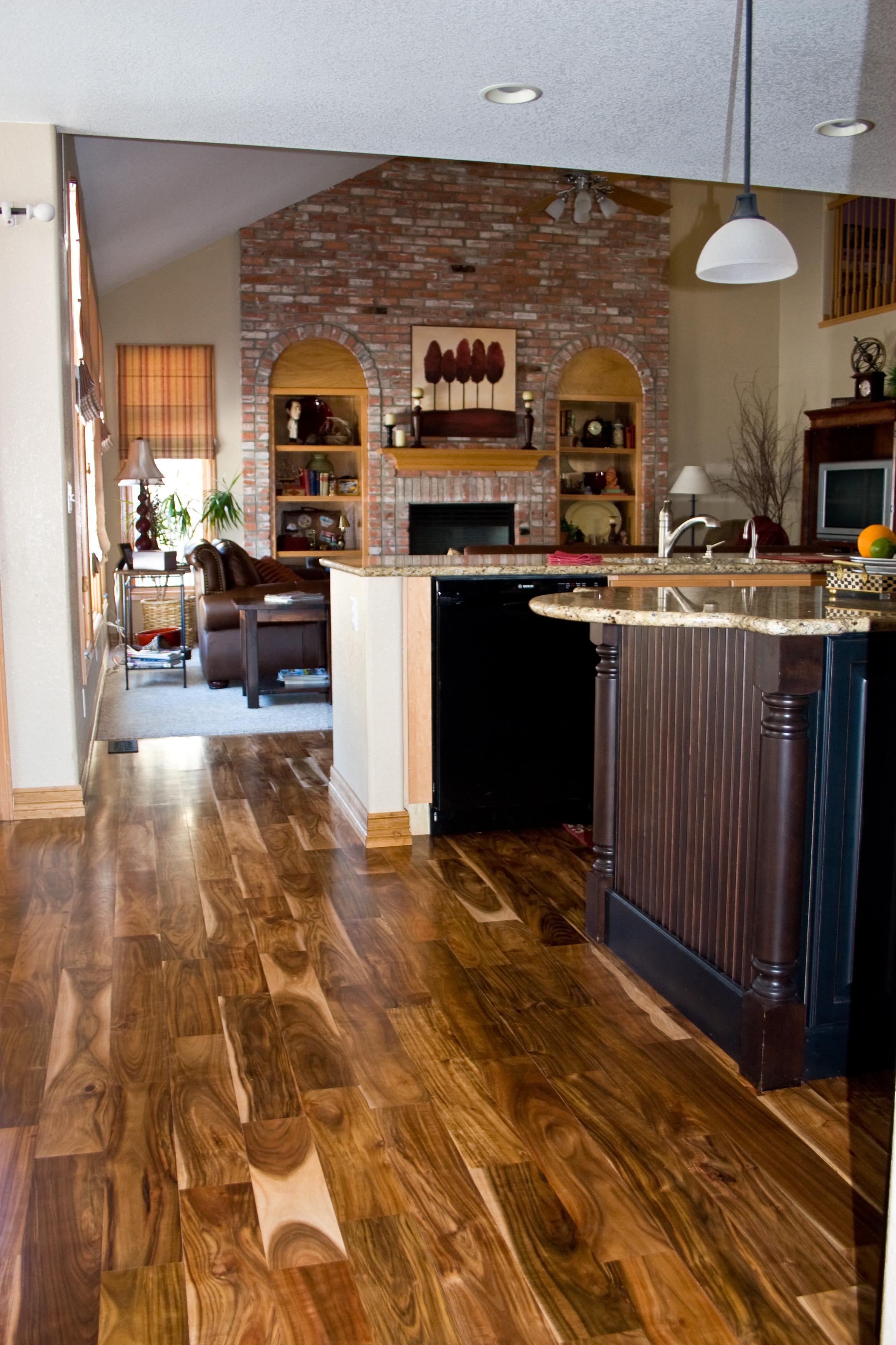 Hardwood floor contractor flooring ideas home for Wood floor contractors